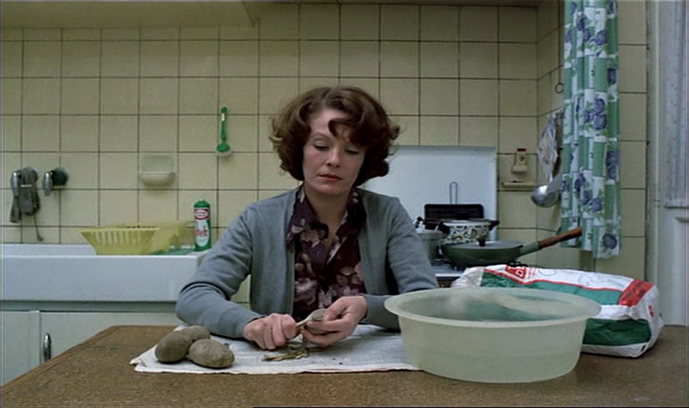 Jeanne Dielman, 23, quai du commerce, 1080 Bruxelles – Chantal Akerman (1975)