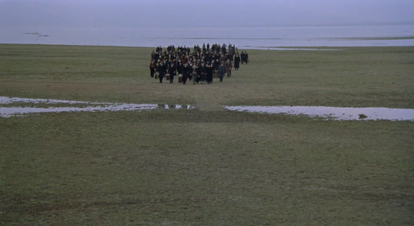 The weeping meadow – Theo Angelopoulos (2004)